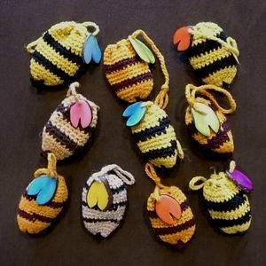 花粉入りハチチョコレート